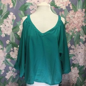 Teal Blue Open Shoulder Top 👕